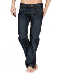 Un superbe et fort « convenable » modèle Diesel Larkee vu chez Génération Jeans